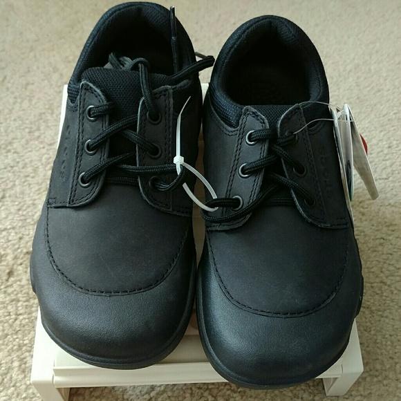 6a624287b29f0 CROCS velocity work shoes size 7 NEW